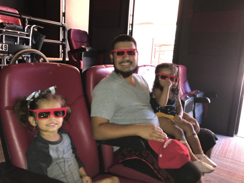 Family Zoo Day at the Phoenix Zoo - 4D theater - rio