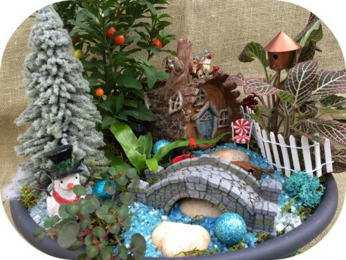Christmas miniature garden