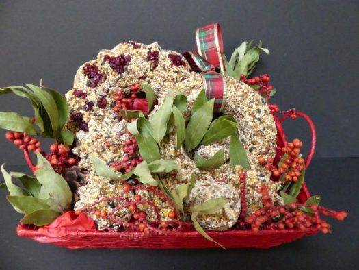 I added dried bay leaves and canella berries to add color