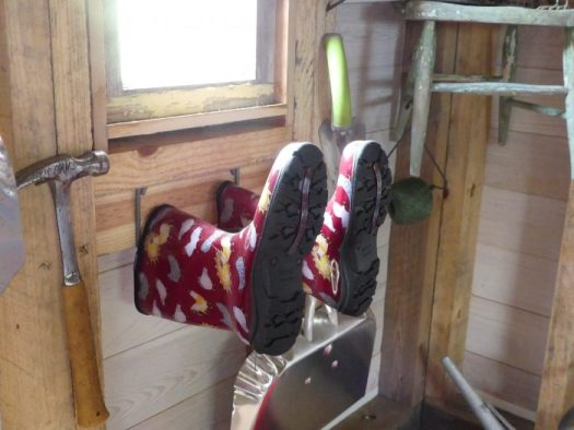 Large hooks hang up boots
