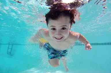 Is this the fastest seven-year-old in the world? - Swimming