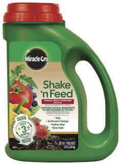 miracle-gro shake n feed garden fertilizer