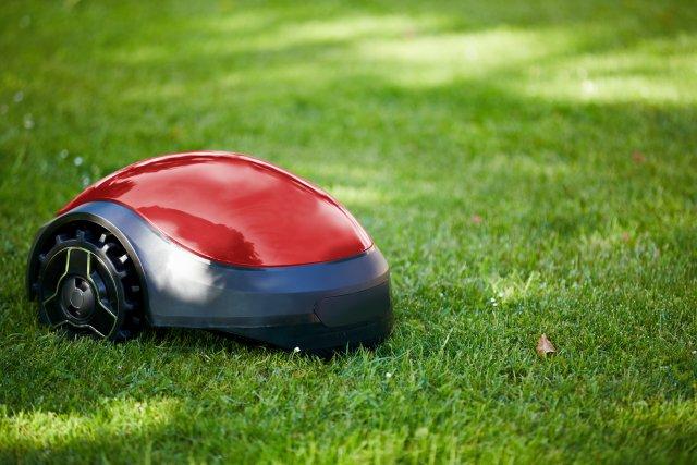 robotic lawn mower 3