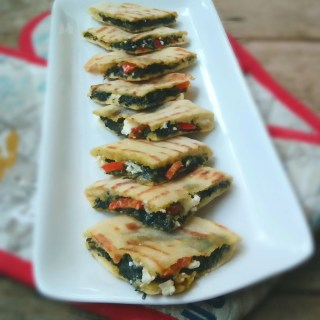 Mini Tramezzini with Creamed Spinach, Feta and Sweet Pepper