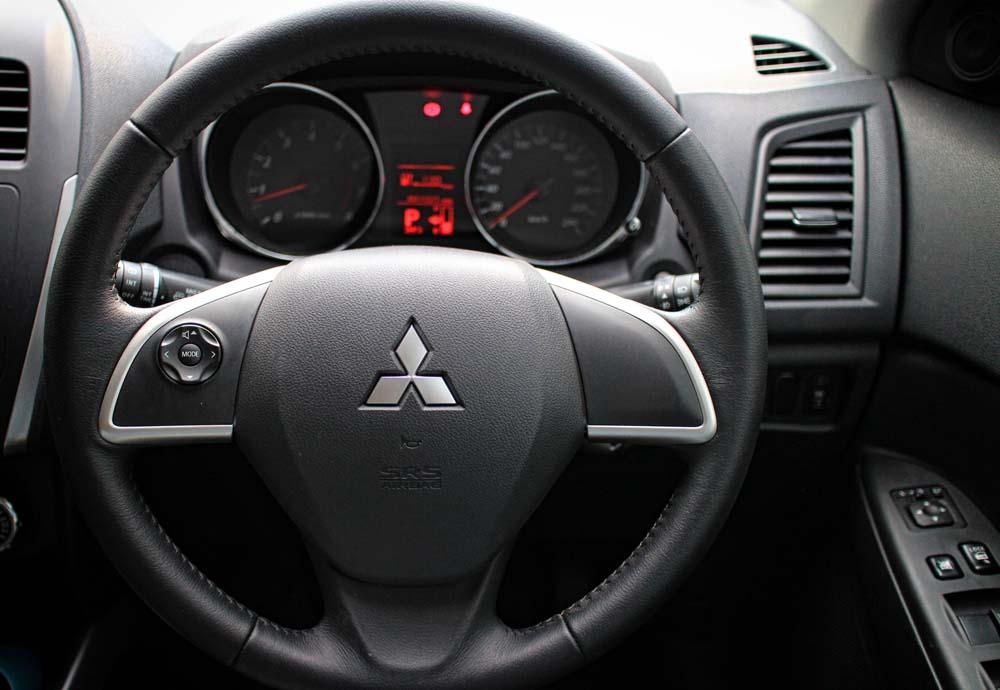 Mitsubishi Outlander Sport GLS c