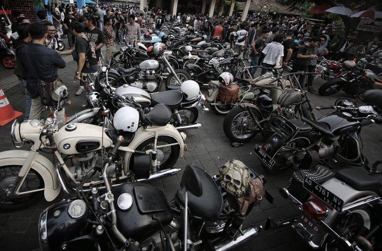 Sekepal-Aspal-Indonesia-Motoart-Exhibition-2015-a