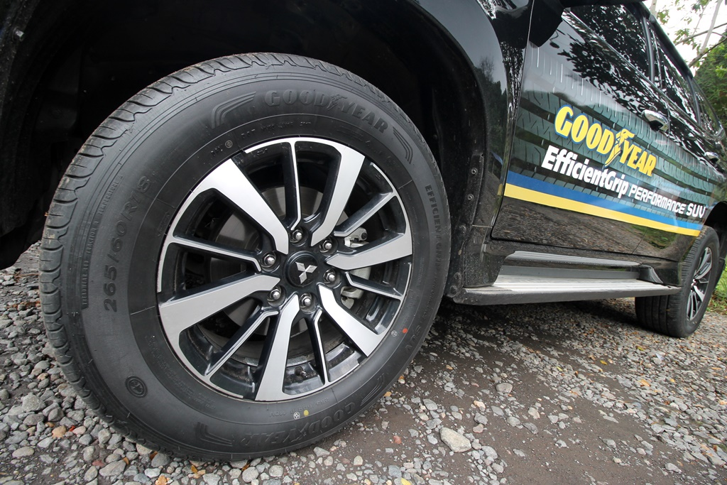 Goodyear EfficientGrip Performance SUV 02