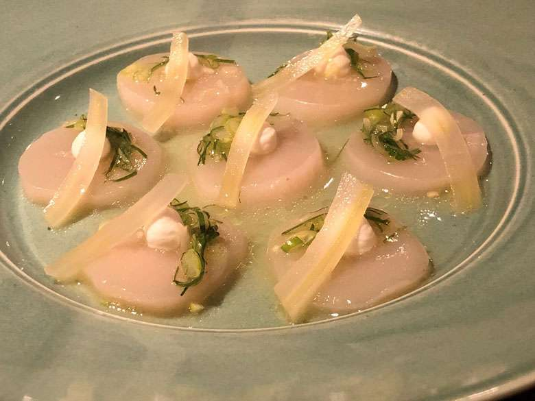 Raw Scallop starter