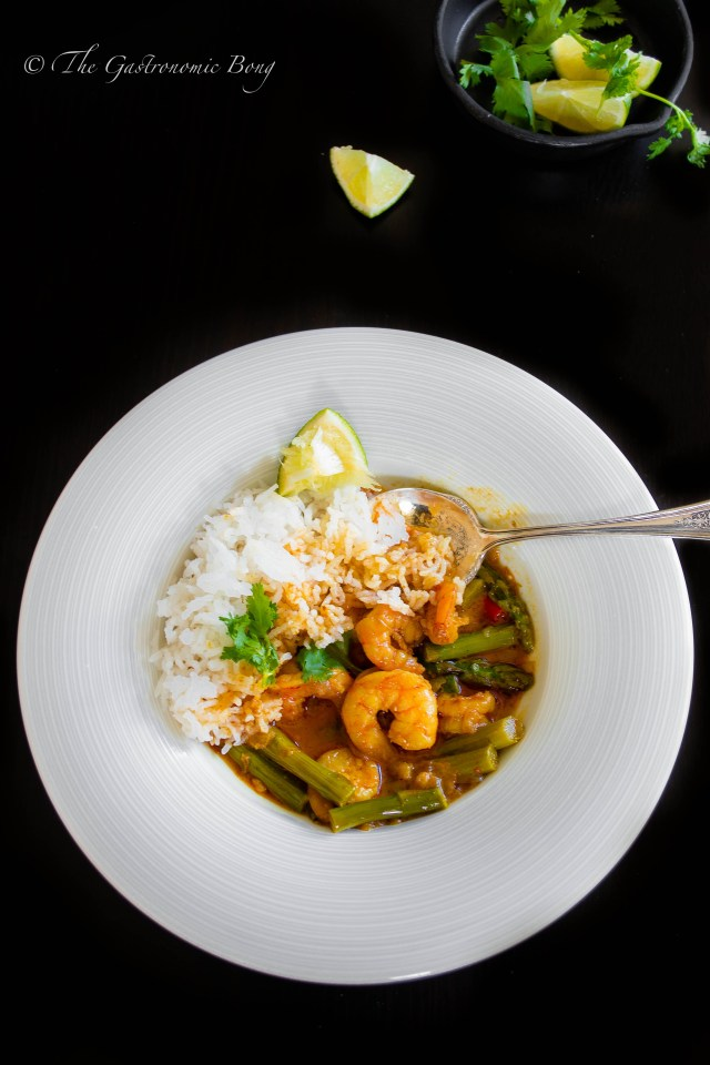 prawns and asparagus in creamy coconut curry6