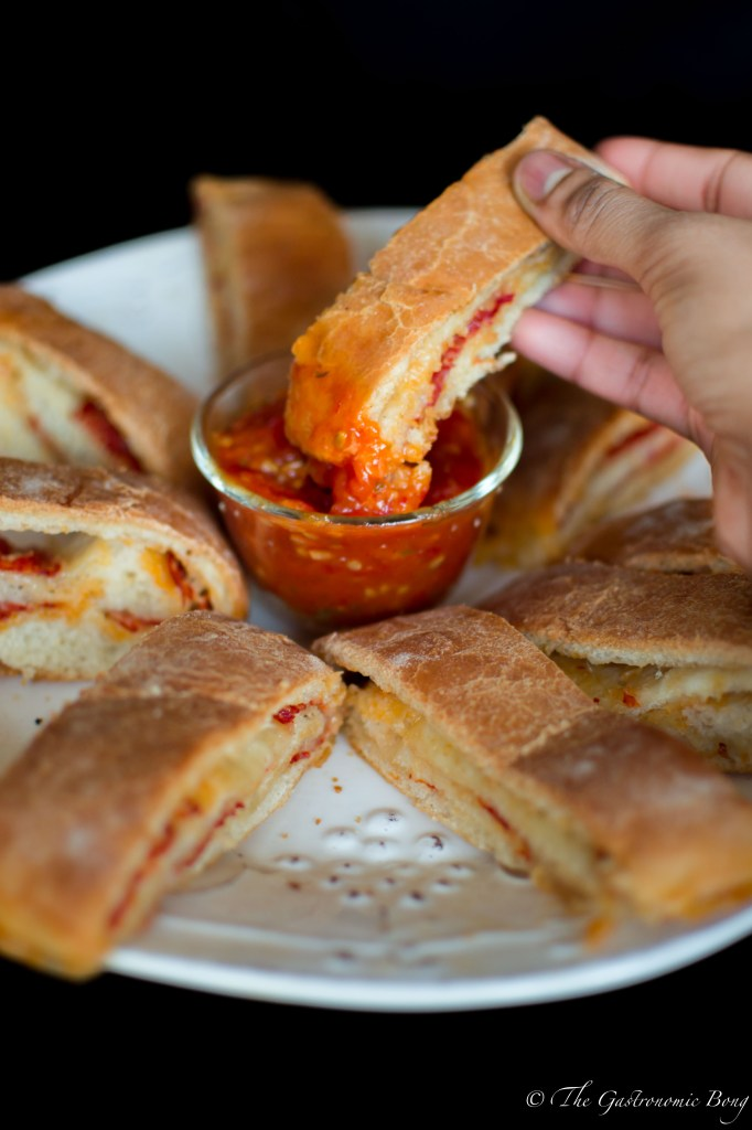 Pepperoni Pizza Stromboli