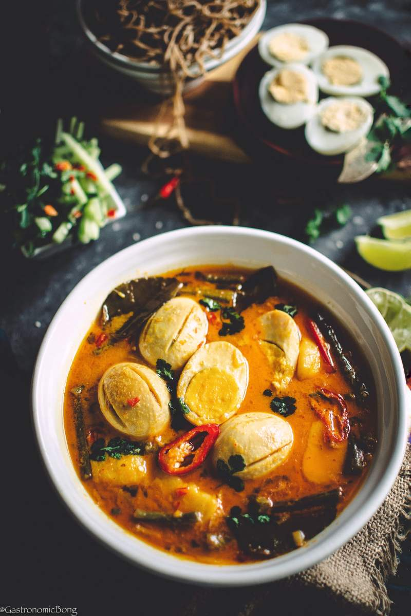 Egg curry with Coconut milk Kaffir lime leaves or Simple Thai egg curry is a profusion of exotic flavours and fragrance. This silky and creamy egg curry made with coconut milk and beautiful Thai paste is über-delicious and can be made with in 30 minutes.