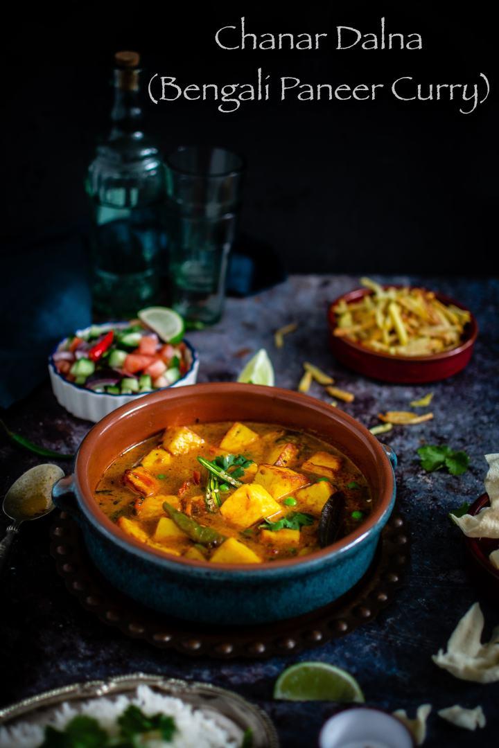Chanar Dalna (Bengali style Paneer Curry)