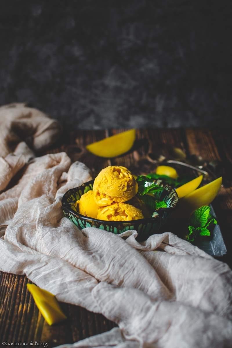Indian mango ice cream