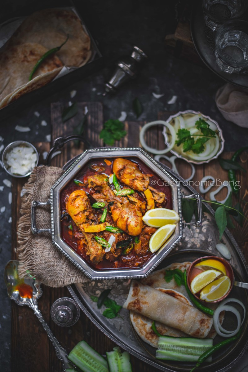 Nadan Kozhi Curry (Kerala Chicken Curry)