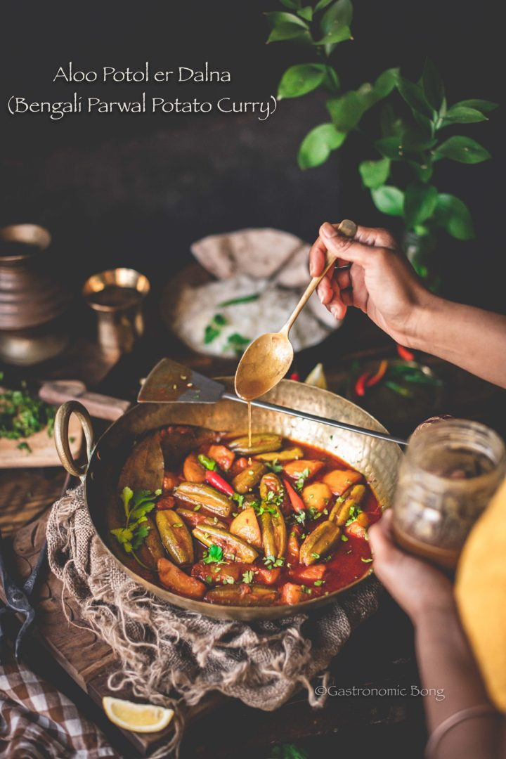 Aloo Potol er Dalna Bengali Recipe