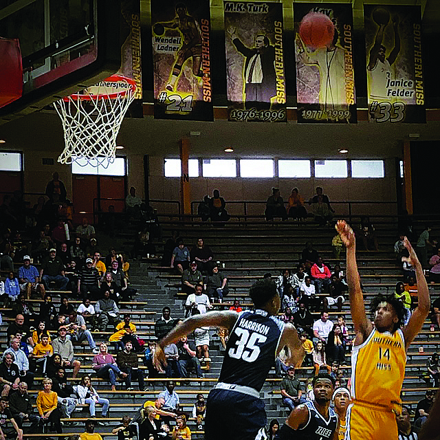 Southern Miss Sweeps Blue Raiders on the Court