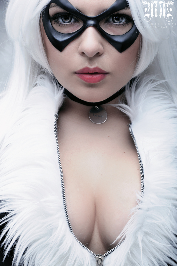 Black Cat cosplayed by Marie Doll