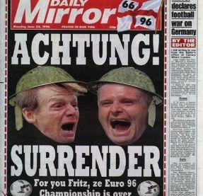 Fotomontaggio del Daily Mirror con Gascoigne e Pearce