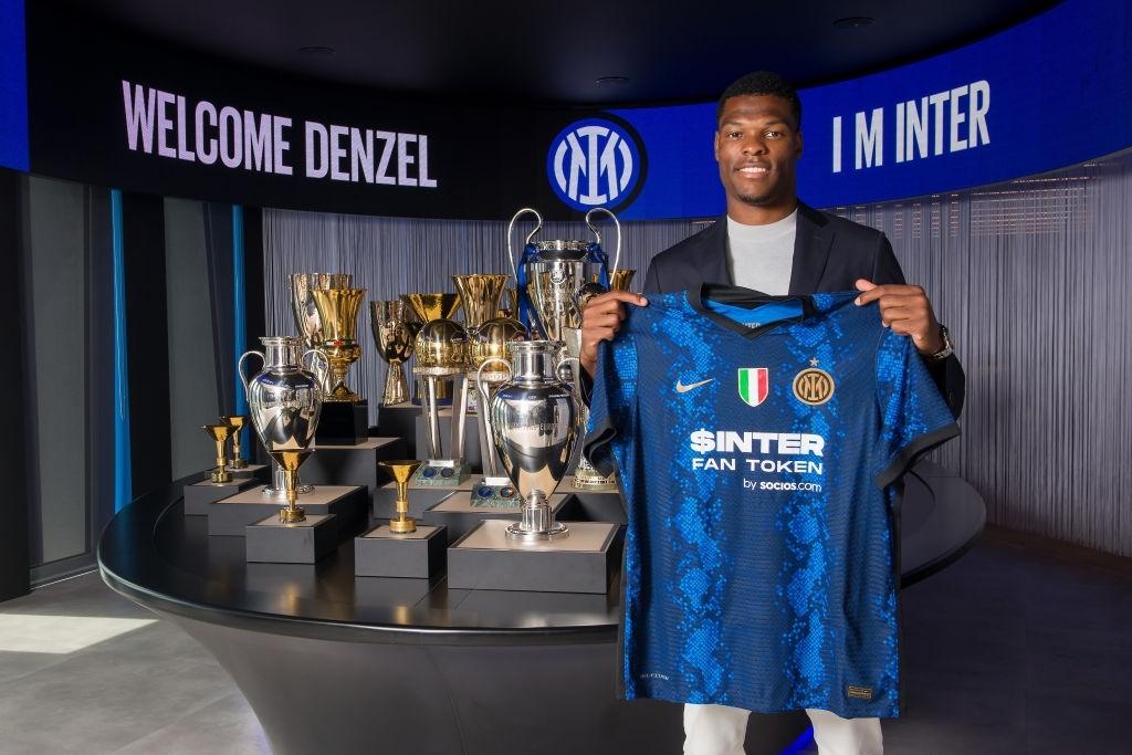 Dumfries presentazione con l'Inter