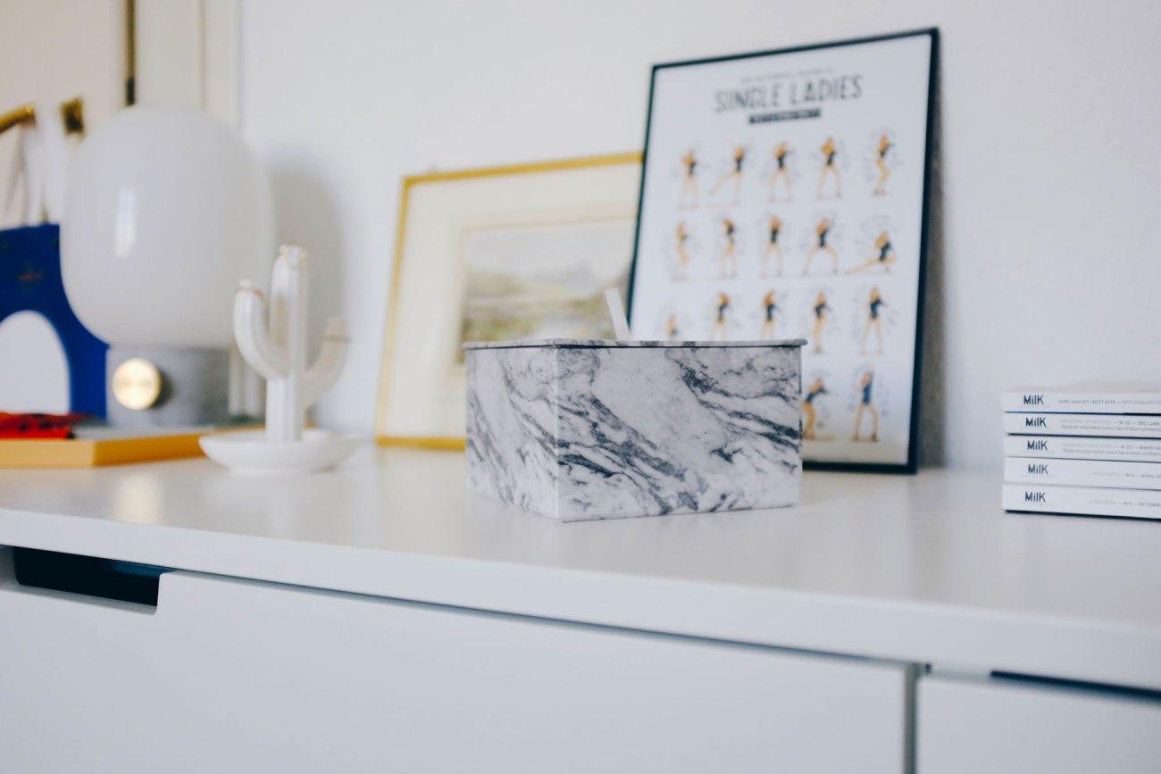 Open wardrobe DIY - faux marble box