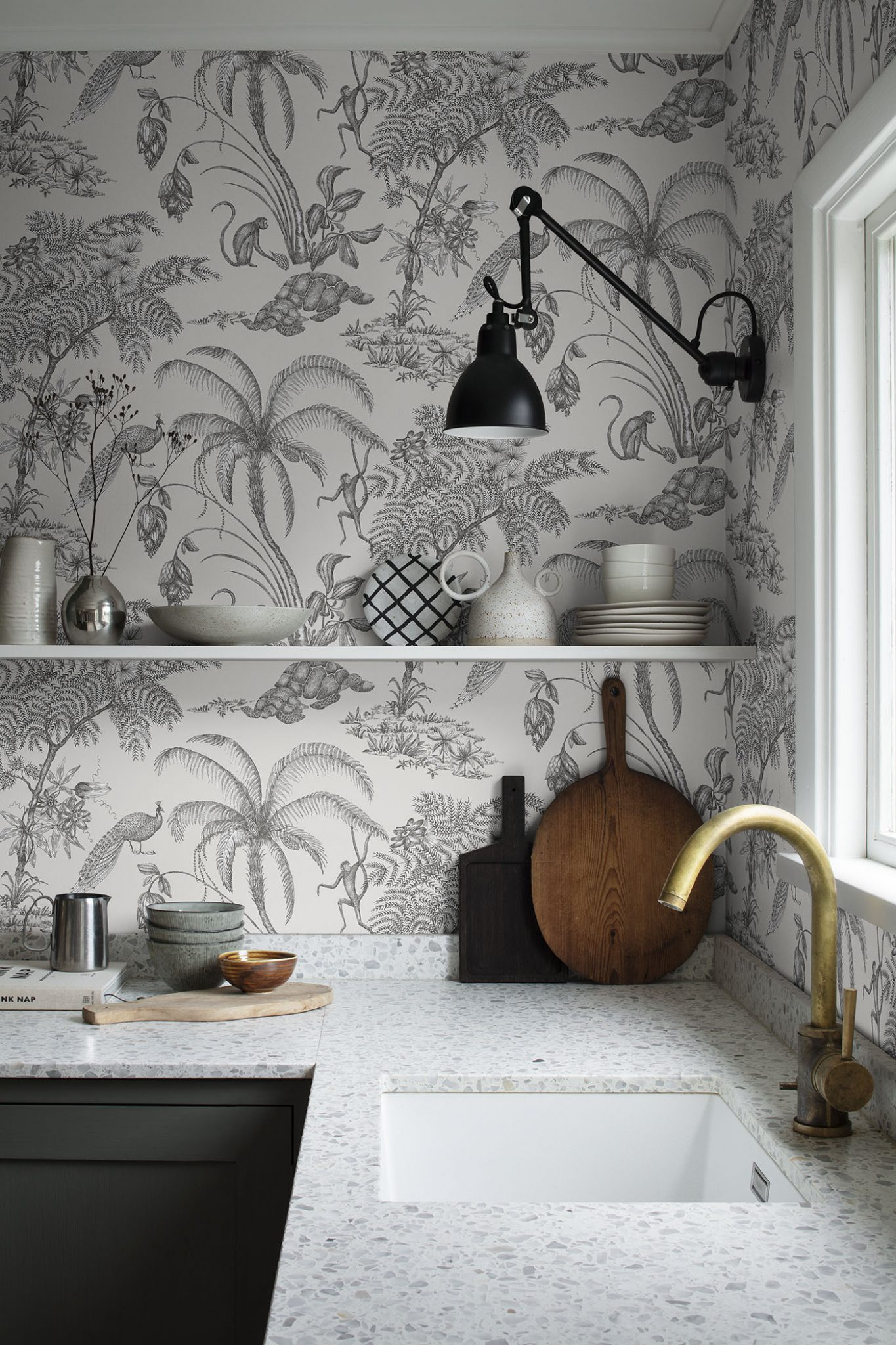 Decorating with wallpaper sandberg moa sandstone