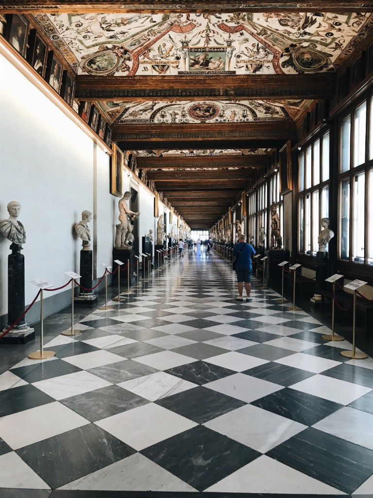 Road Trip in Italy florence Uffizi gallery