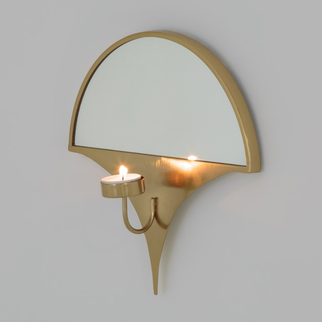 Modern brass candle sconce by La Redoute