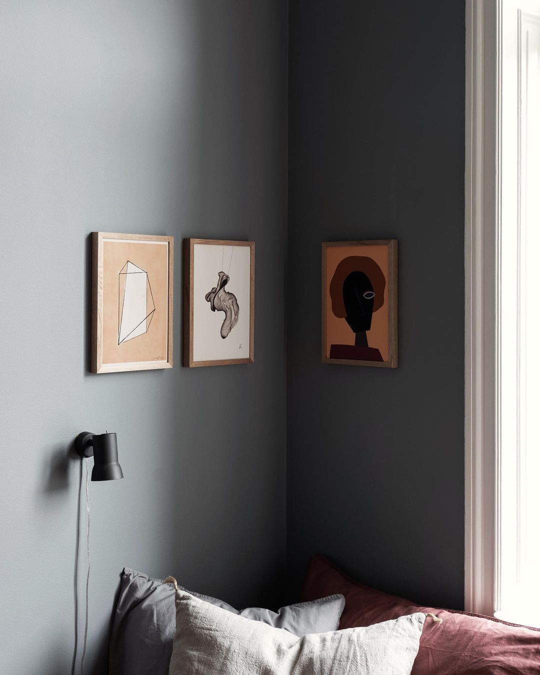 gallery wall ideas-corner wall