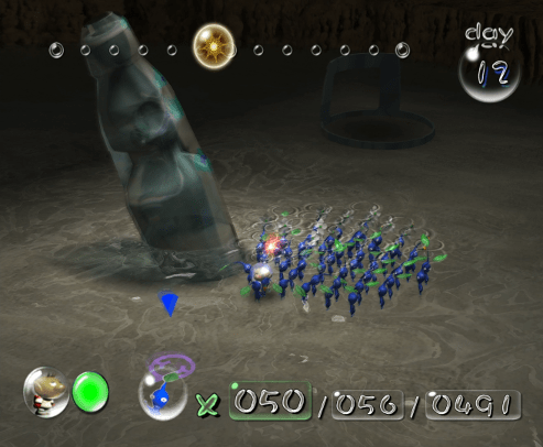 Pikmin screenshot with blue pikmin and soda bottle - Nintendo, Pikmin 2, comparison, analysis