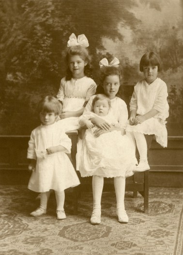 Daughters of George V & Zilpha Larsen