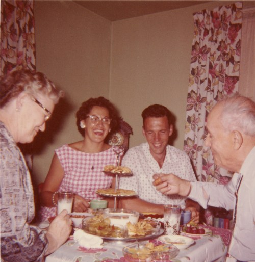 COSTELLO, Mary, Barbara, Dan, & John, 1961 in Yakima
