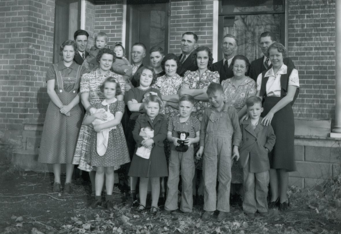 SKEEN, Joseph & Petrina descendants at Christmas, possibly 1938