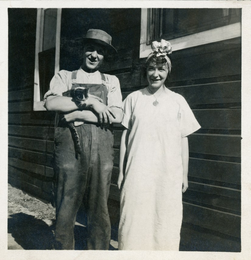 BEA1, img 26, Arzone Marshall and Nell Berrett October 1914