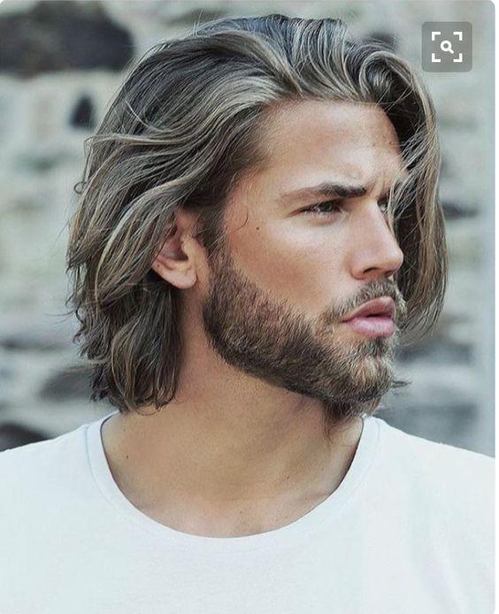 Taglio capelli ribelli uomo