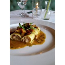 http://instagram.com/p/t09-k_RaqE/?modal=trueCannelloni with pheasant, wild mushroom @piginc Photo by the wonderful @asu808 105 likes