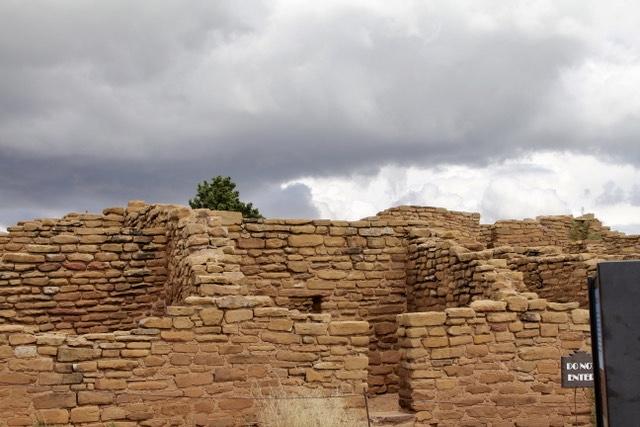 Ancient Puebloan ruins in Mesa Verde Colorado.