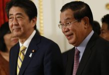 Japanese Prime Minister Shinzo Abe and Cambodian PM Hun Sen