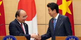 Prime Minister Shinzo Abe and Nguyen Xuan Phuc