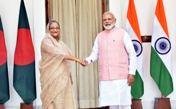 Prime Minister, Shri Narendra Modi with the Prime Minister of Bangladesh, Ms. Sheikh Hasina