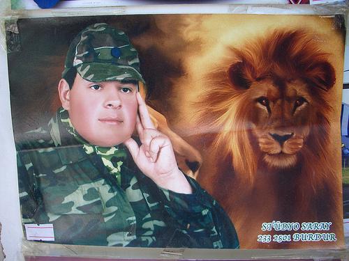 Aslan parçası asker