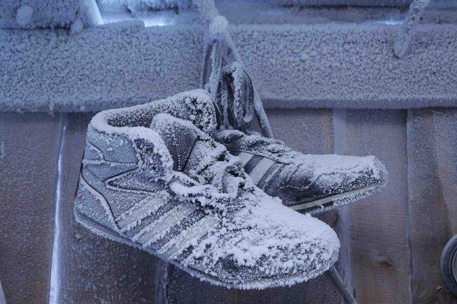donmuş ayakkabılar