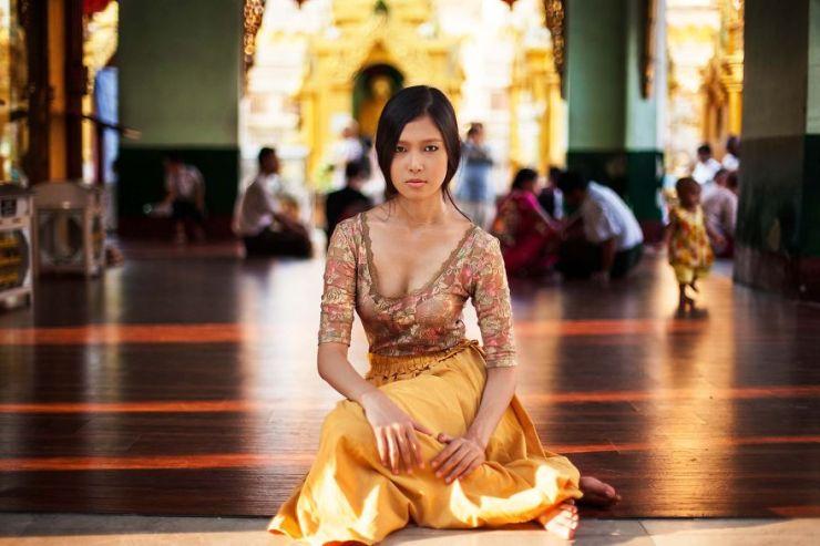 Myanmar Kadın