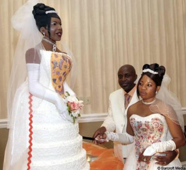 komik düğün pastası