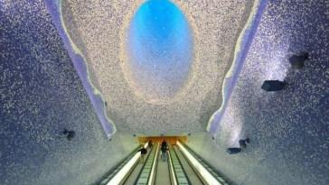 Toledo Metro İstasyonu, Napoli, İtalya