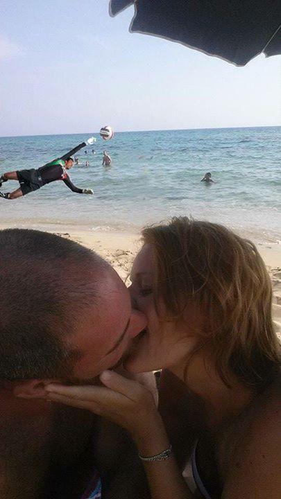 Arkadaki çocuğu silebilir misiniz komik photoshop 7