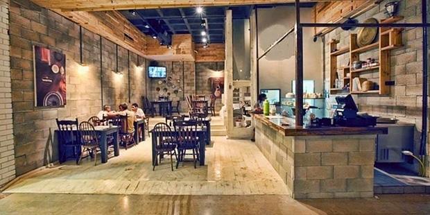 ayni-masada-yemek-yiyen-yahudi-ve-muslumanlara-yuzde-50-indirim-yapan-restoran