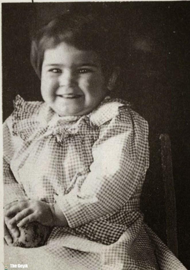 Frida kahlonun çocukluk fotoğrafları 1
