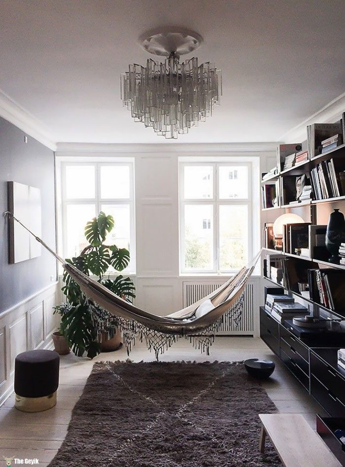 cozy-reading-nooks-book-corner-34-57318a58a2ada__700