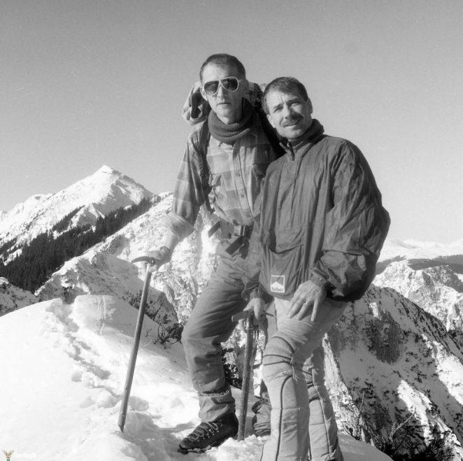 photos-of-mountain-hikes-in-communist-romania-876-933-1465925624