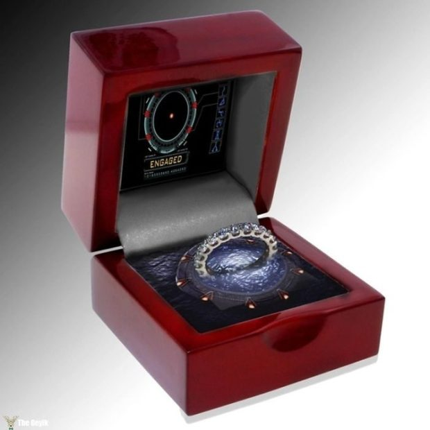 stargate-ring-and-box